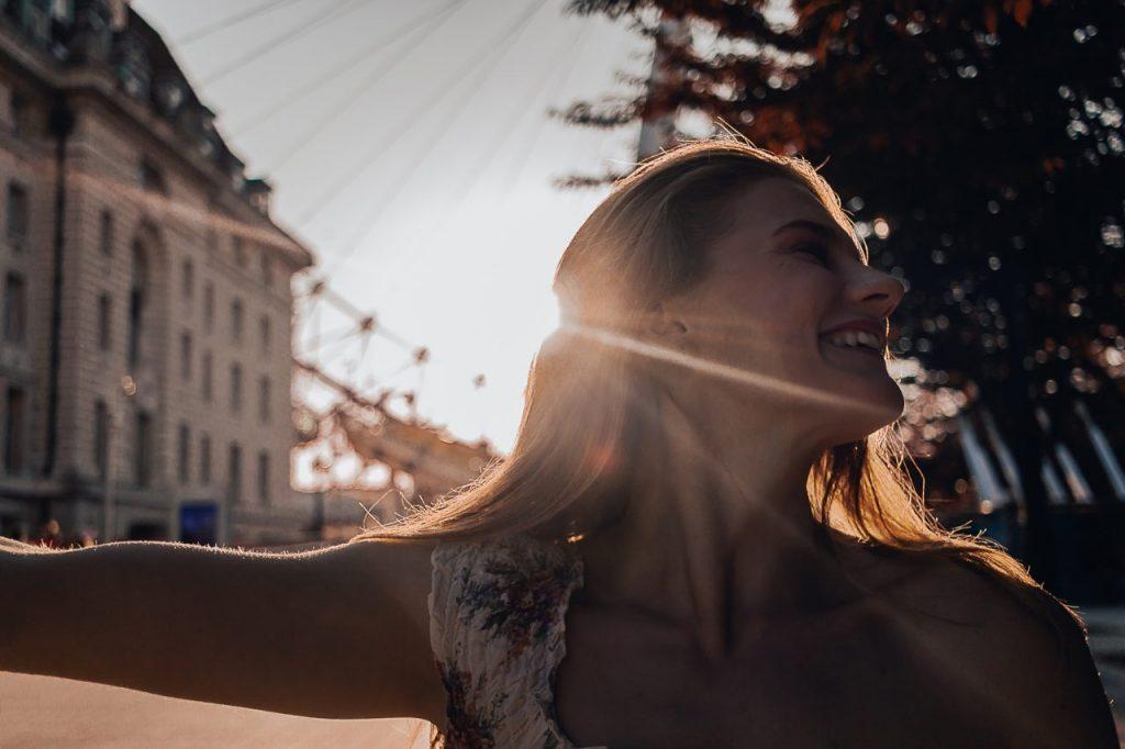 Ensaio feminino na London Eye durante o pôr do sol realizado por fotógrafa brasileira em Londres