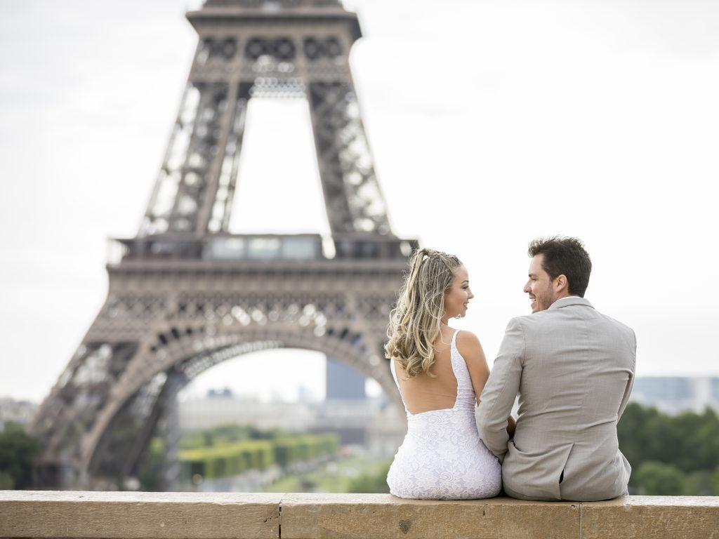 Fotógrafo brasileiro em Paris : Ensaio Casamento em Paris na Torre Eiffel
