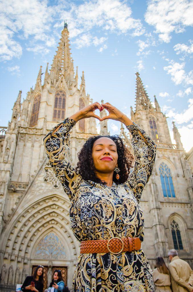 Fotógrafo brasileiro em Barcelona : Fotos em Born - Ensaio feminino na Catedral de Barcelona