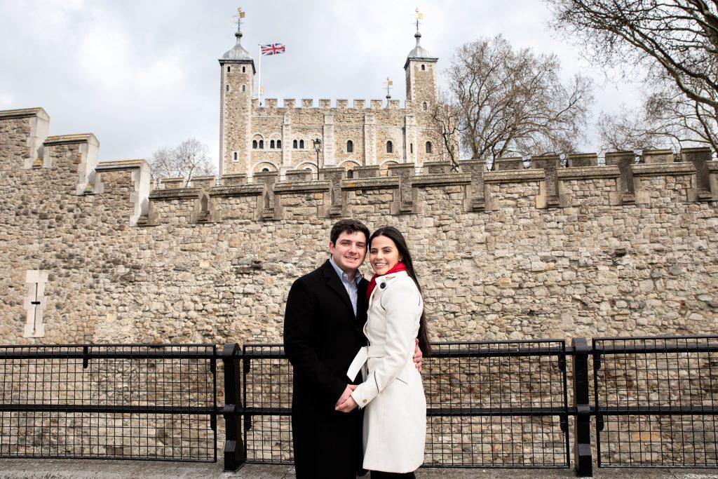 Ensaio casal na London Tower com nosso fotógrafo brasileiro em Londres