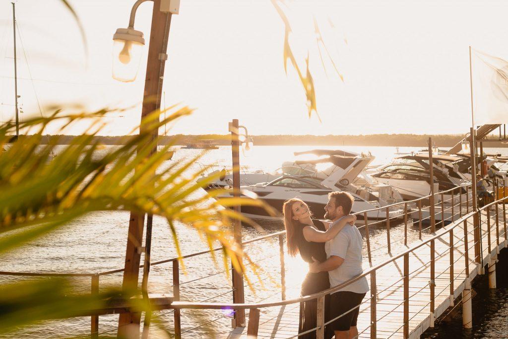 Ensaio de casal no pôr do sol da Praia do Jacaré - Fotógrafo em João Pessoa