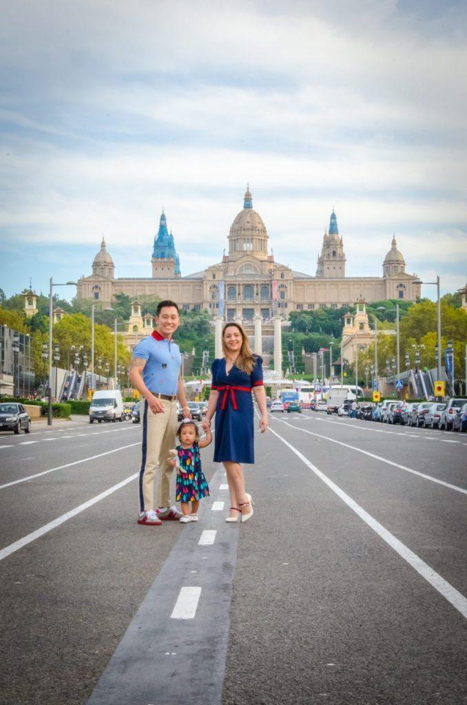 Ensaio família em Montjuic com fotógrafo brasileiro em Barcelona