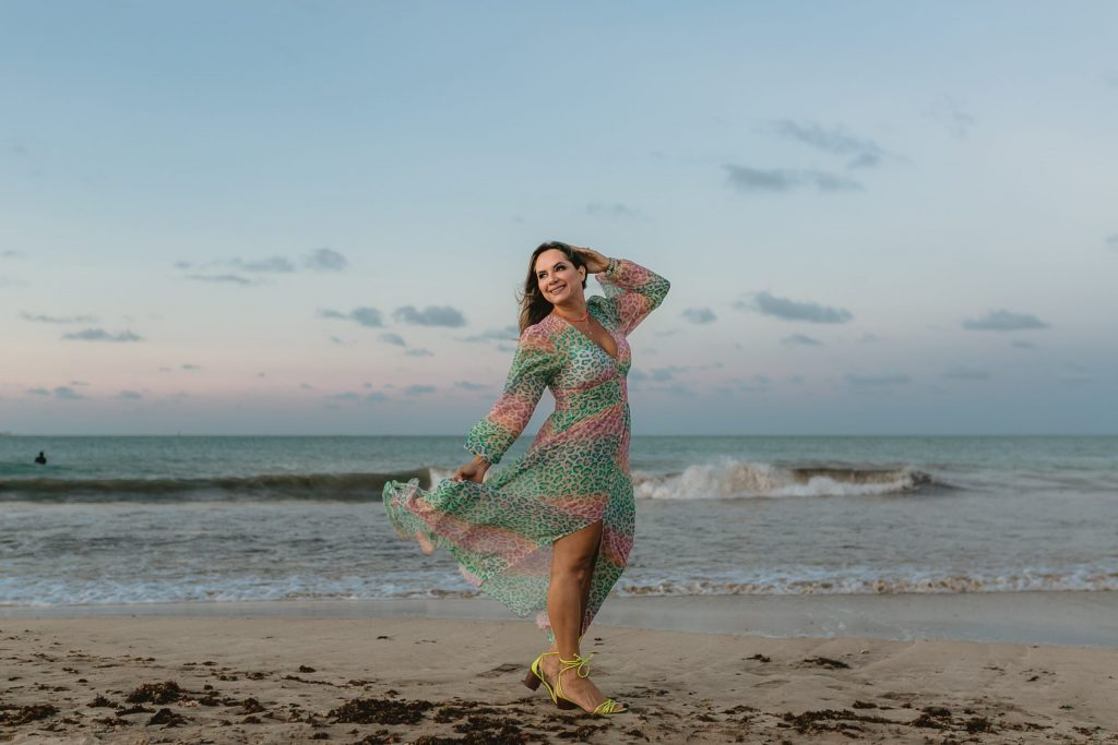 Ensaio feminino na praia em João Pessoa - Fotógrafa na Paraíba