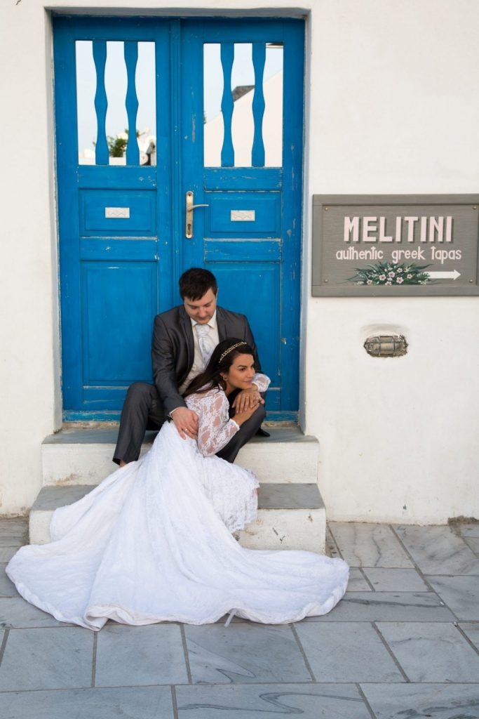 Casando em Santorini com nossa fotógrafa brasileira em Oia na Grécia