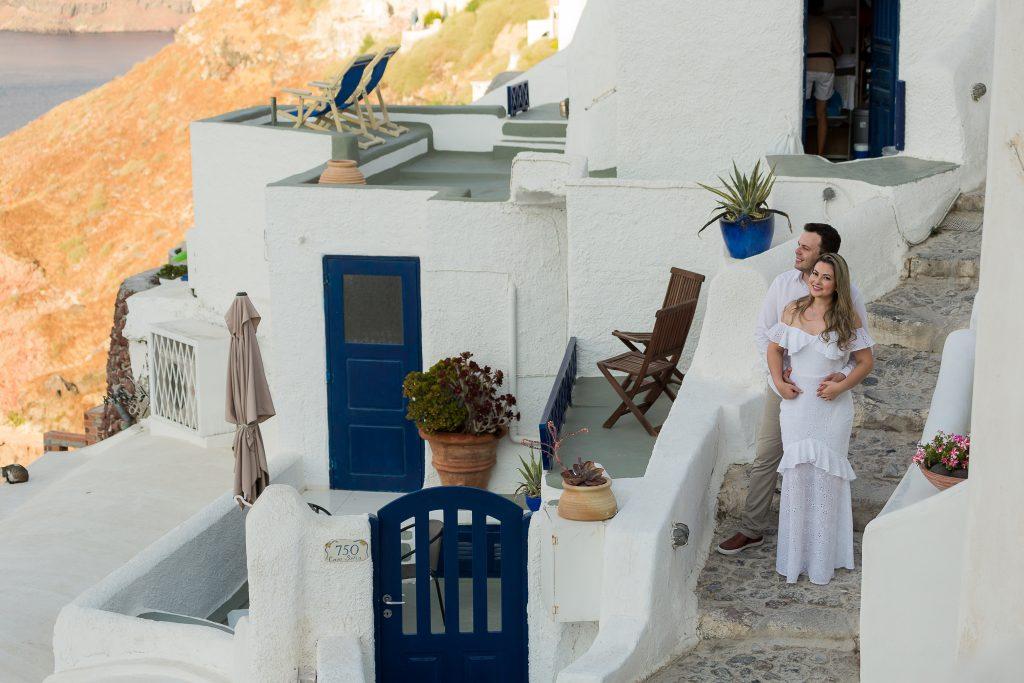 Ensaio em Oia com fotógrafa brasileira em Santorini na Grécia