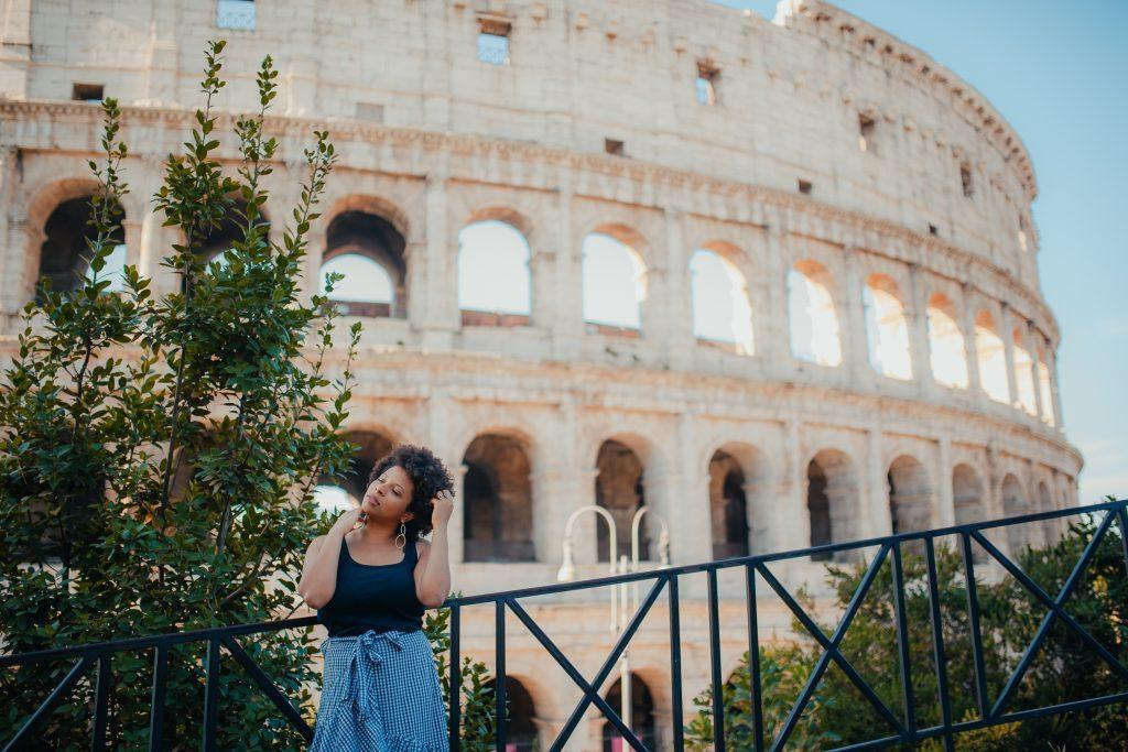 Ensaio no Coliseu em Roma com fotógrafa na Itália