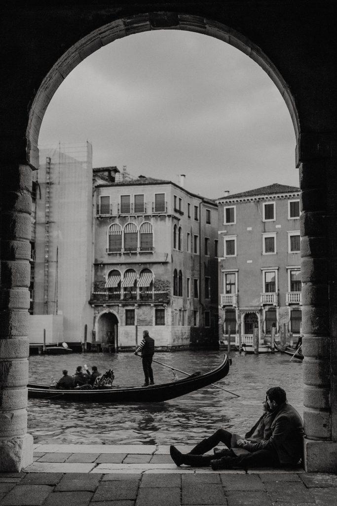 Fotógrafo brasileiro em Veneza : Fotos nos canais de Veneza - Ensaio casal