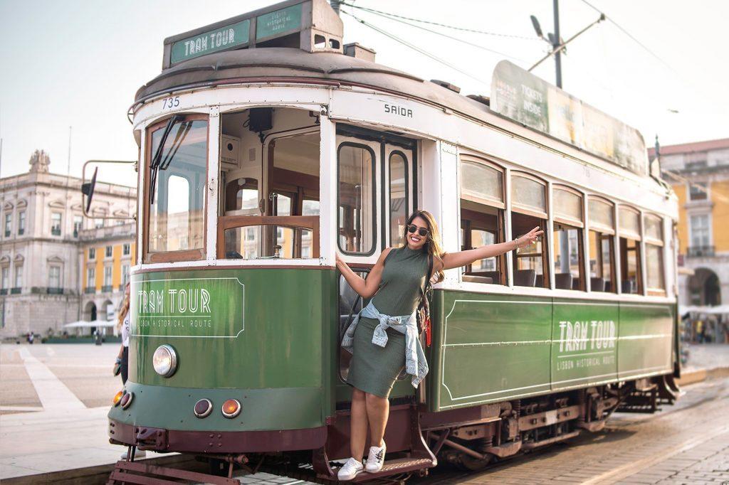 Souvenirs Photos - Bondinho no Ensaio fotográfico em Lisboa