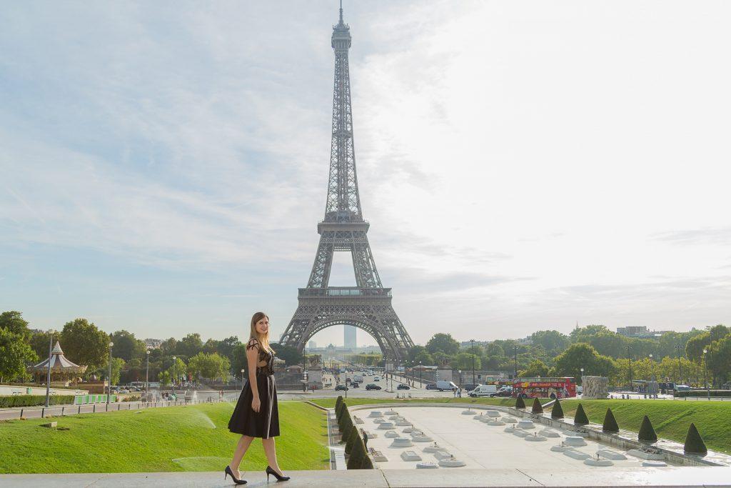 Ensaio na Torre Eiffel, fotos em Paris com fotógrafa brasileira em Paris