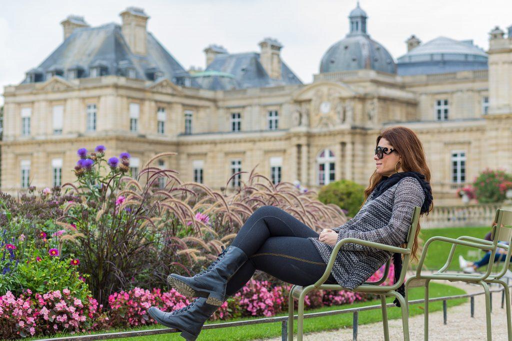 Ensaio no Jardim de Luxemburgo por fotógrafa em Paris