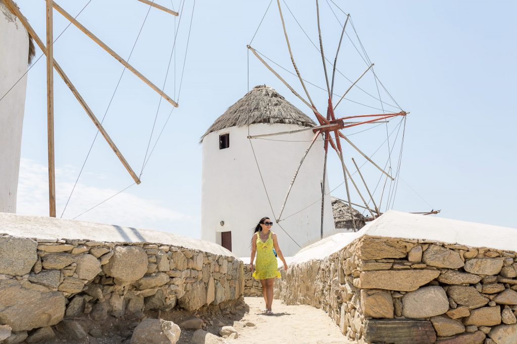 Ensaio feminino com fotógrafa brasileira em Mykonos na Grécia