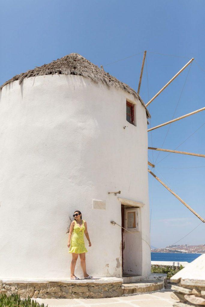 Ensaio mulher com fotógrafa brasileira em Mykonos na Grécia