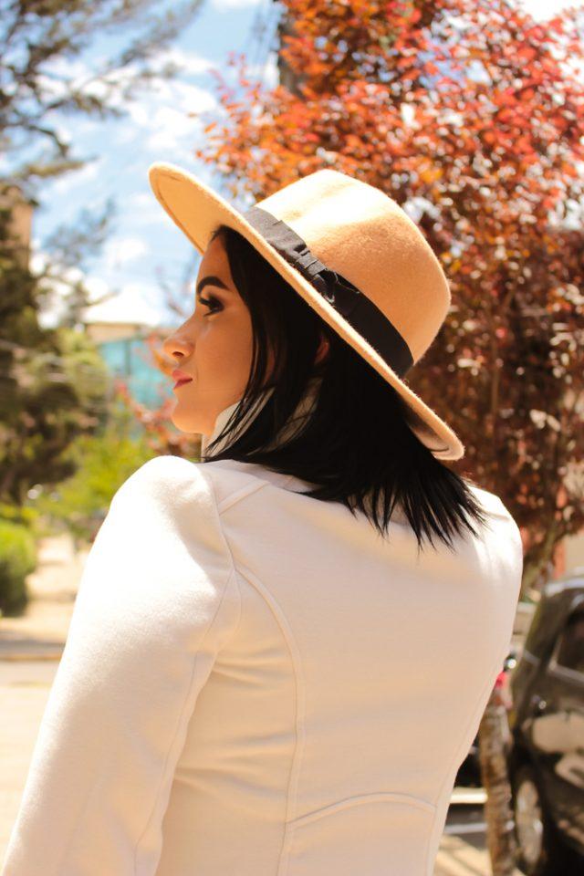 Fotógrafo profissional na sua viagem - Fotos em Gramado durante ensaio feminino