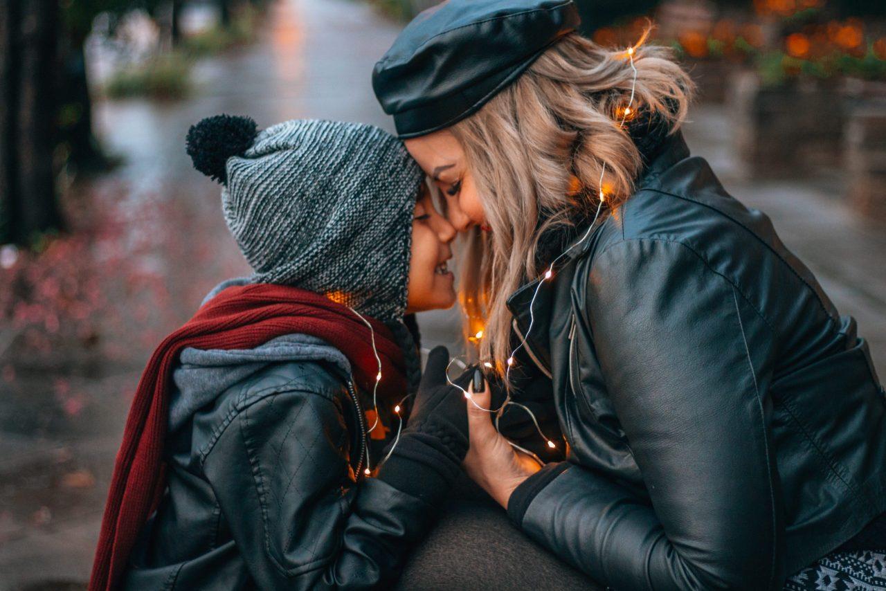 Fotógrafo profissional na sua viagem - Fotos em Gramado durante ensaio mãe e filho