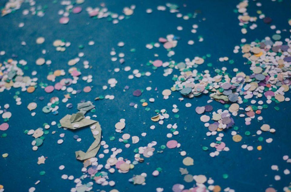Confetes e Carnaval