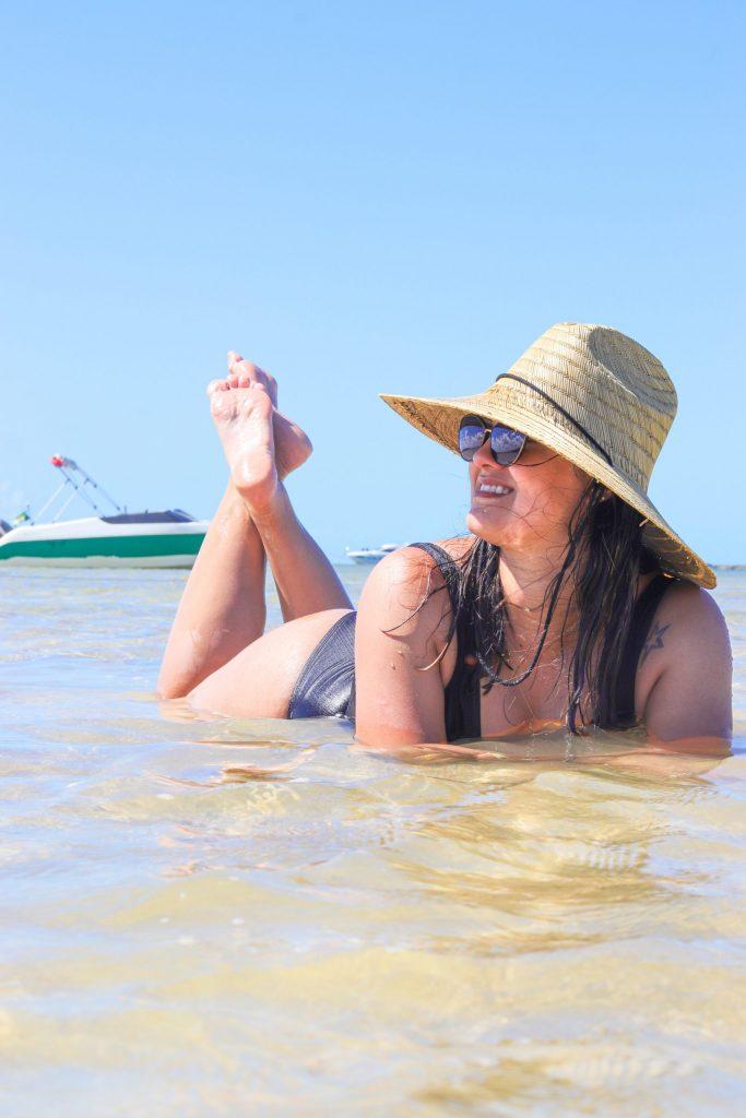 Mulher na praia de Carneiros - Fotógrafo em Pernambuco